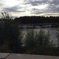 Photo prise au Парк «Зеленый Остров» par Maria C. le9/23/2013