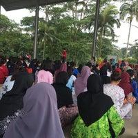 Photo taken at Dewan Terbuka IPGKTI by Habibah Z. on 4/3/2017