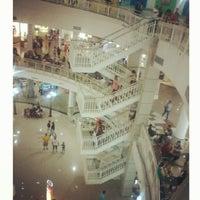 Foto tirada no(a) North Shopping Fortaleza por Enaura A. em 3/6/2013