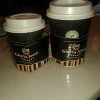 Photo taken at Gloria Jean's Coffees by Ömer G. on 2/9/2013
