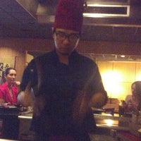 Photo taken at Sumo Japanese Steakhouse & Sushi by Liz S. on 6/16/2013