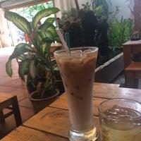 Photo taken at Tắc Ký Cafe by Trang V. on 4/19/2015