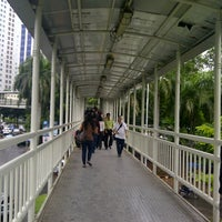 Photo taken at Halte TransJakarta Dukuh Atas 2 by Bintang A. on 1/15/2013