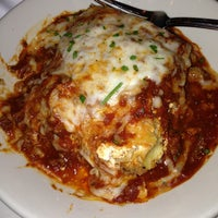 Photo taken at Maggiano's Little Italy by Da on 1/1/2013