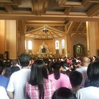 Das Foto wurde bei National Shrine of Our Lady of the Holy Rosary of La Naval de Manila (Sto. Domingo Church) von Third M. am 10/13/2013 aufgenommen