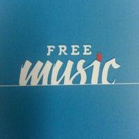 Photo taken at Free Music by Jair B. on 10/23/2013