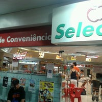 Photo taken at Shell Select by Istiano D. on 4/20/2013