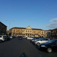 Foto scattata a Piazza Garibaldi da Gian G. il 6/23/2013