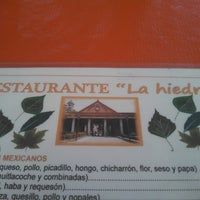 Photo taken at Restaurante La hiedra by Jorge F. on 2/24/2013
