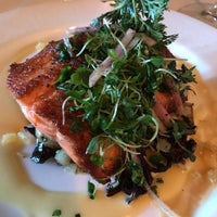 Foto tomada en Forepaugh's Restaurant por Anna G. el 4/29/2018