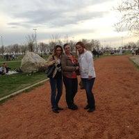 Das Foto wurde bei Ambarlı Sahili von Filiz B. am 3/31/2013 aufgenommen