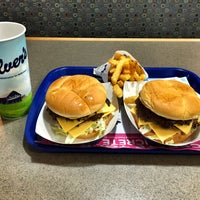 Photo taken at Culver's by Carlos M. on 9/28/2015