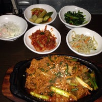 Photo taken at Han Sang Korean Charcoal BBQ by Gnie on 2/14/2014