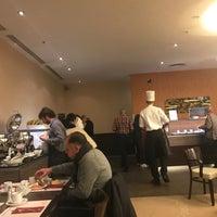 Das Foto wurde bei Wilson's Restaurant von SiriRath S. am 1/22/2018 aufgenommen