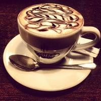 Photo taken at Coffee Black by klndsk on 9/17/2013