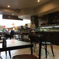 Photo taken at Caffe Il Vizio by Ozgenre on 10/9/2016