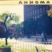 Photo taken at CAFÉ AMOKKA by HYE WON M. on 10/7/2012