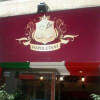 Foto tomada en Napoletani D.O.C. Restaurant & Pizzeria por starbase d. el 3/30/2013