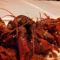 Photo taken at Hot N Juicy Crawfish by Emmanuel P. on 10/9/2013