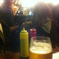 Foto tomada en Bar La Esquina por J. A. el 3/22/2013