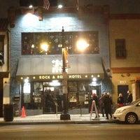 Das Foto wurde bei Rock & Roll Hotel von Kevin S. am 1/24/2013 aufgenommen