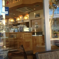 Photo taken at The Coffee Bean & Tea Leaf by vAnEssA on 2/3/2013
