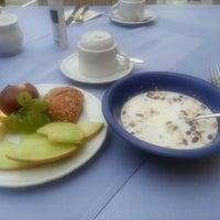 Photo taken at Hotel Villa Verde by Eunah C. on 8/8/2013