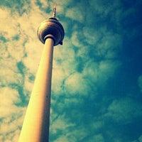 Das Foto wurde bei Alexanderplatz von höst lady am 7/24/2013 aufgenommen