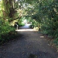 Photo taken at Parkland Walk (Crouch End to Highgate section) by Siim T. on 10/13/2012