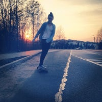 Photo taken at Longboard Autobahn przy Magnolii by Olek P. on 3/27/2014