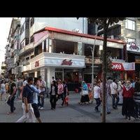 Photo taken at Lezzet İskender & Islama Köfte by Çark Lezzet ® I. on 5/21/2013