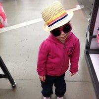 Photo taken at Old Navy by Beboscoffee on 2/27/2013