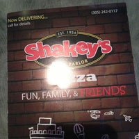 Photo taken at Shakey's Pizza Parlor by Nezziel S. on 5/16/2013