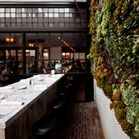 Das Foto wurde bei Bankers Hill Bar & Restaurant von San Diego Architectural Foundation am 1/8/2013 aufgenommen