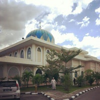 Photo taken at Masjid Al-Hidayah by Muhammad Hafiz I. on 2/9/2013