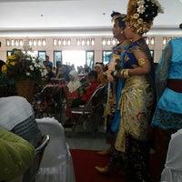 Photo taken at Gedung Sunan Pandanaran (RSPD) by dewanti r. on 4/13/2014