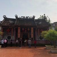 Photo taken at ศาลเจ้าแม่กวนอิมเกียนอันเกง (Kian Un Keng Shrine) 恩很好 by Tuk_Suthavadee on 2/10/2018