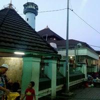 Photo taken at Masjid Agung Sunan Ampel by Jenny ~. on 12/10/2016