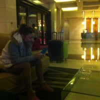 Photo taken at 东城国际酒店 Dongcheng International Hotel by Galya on 12/9/2013