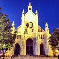 Foto scattata a Place Sainte-Catherine / Sint-Katelijneplein da Freek D. il 7/20/2013
