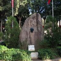 1/31/2013 tarihinde Hayali K.ziyaretçi tarafından Zübeyde Hanım Anıt Mezarı'de çekilen fotoğraf