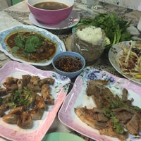 Photo taken at จิ๋มจิ้มจุ๋ม(ครัว68) by Tanya A. on 7/15/2015