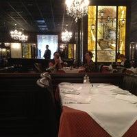 Снимок сделан в PIANO Restaurant пользователем Marina B. 4/30/2013