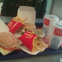 Photo taken at McDonald's (VERO Центар) by Sanya🌸 on 3/25/2013