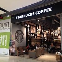 Photo taken at Starbucks by Filipe G. on 10/23/2013