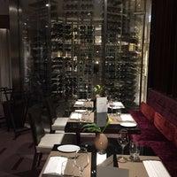 Photo prise au Café Calla at Mandarin Oriental, Geneva par Abdullah F. le11/22/2017
