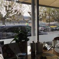 Photo prise au Café Calla at Mandarin Oriental, Geneva par Abdullah F. le11/17/2017