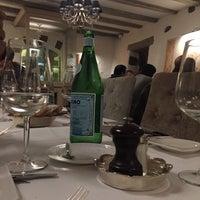 Photo prise au Restaurant du Cheval Blanc par Abdullah F. le11/29/2017