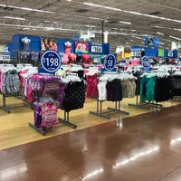 Foto tomada en Walmart Paraíso por María P. el 2/20/2017