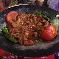9/14/2013 tarihinde Ozu K.ziyaretçi tarafından Burj Cafe'de çekilen fotoğraf